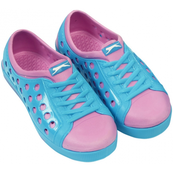 Dames waterschoen van het merk Slazenger in blauw/roze