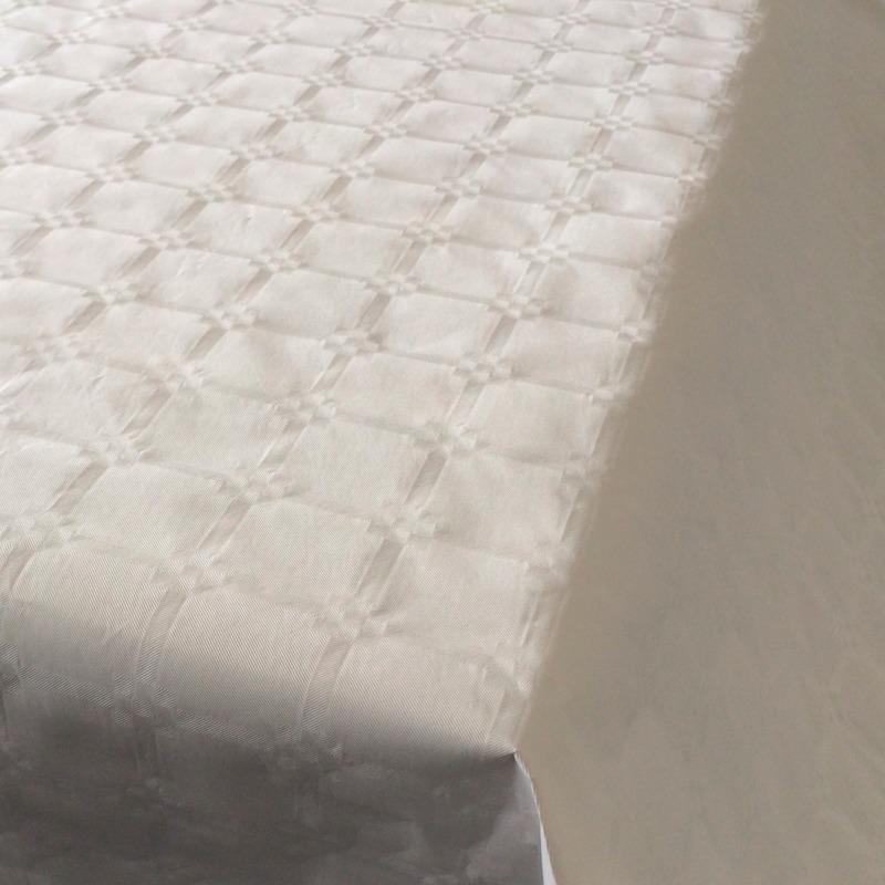 Feestartikelen papieren tafelkleed wit 800 x 118 cm