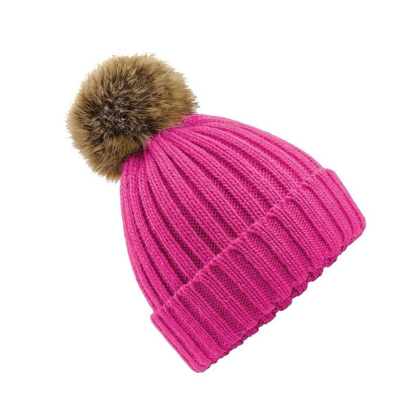 Gebreide winter muts fuchsia roze met nep bont pompon voor dames